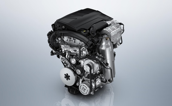 New PEUGEOT 2008 SUV: efficient PureTech Euro 6 petrol engines