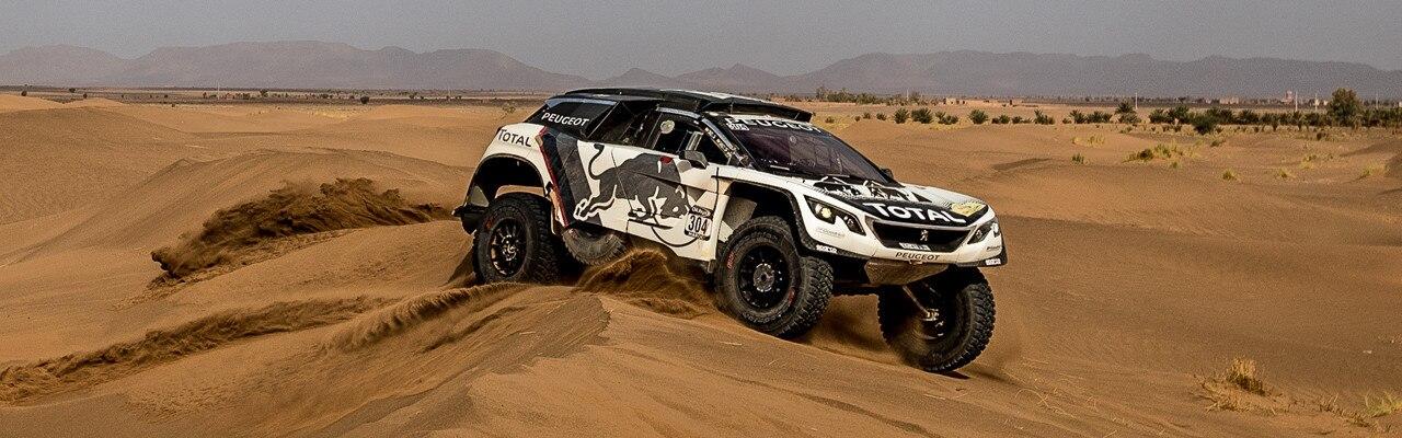 Peugeot 3008 DKR con sand road