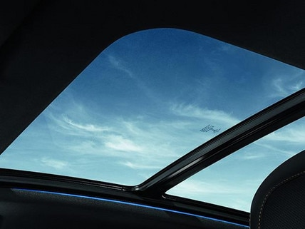 3008 SUV GT Line Premium panoramic roof