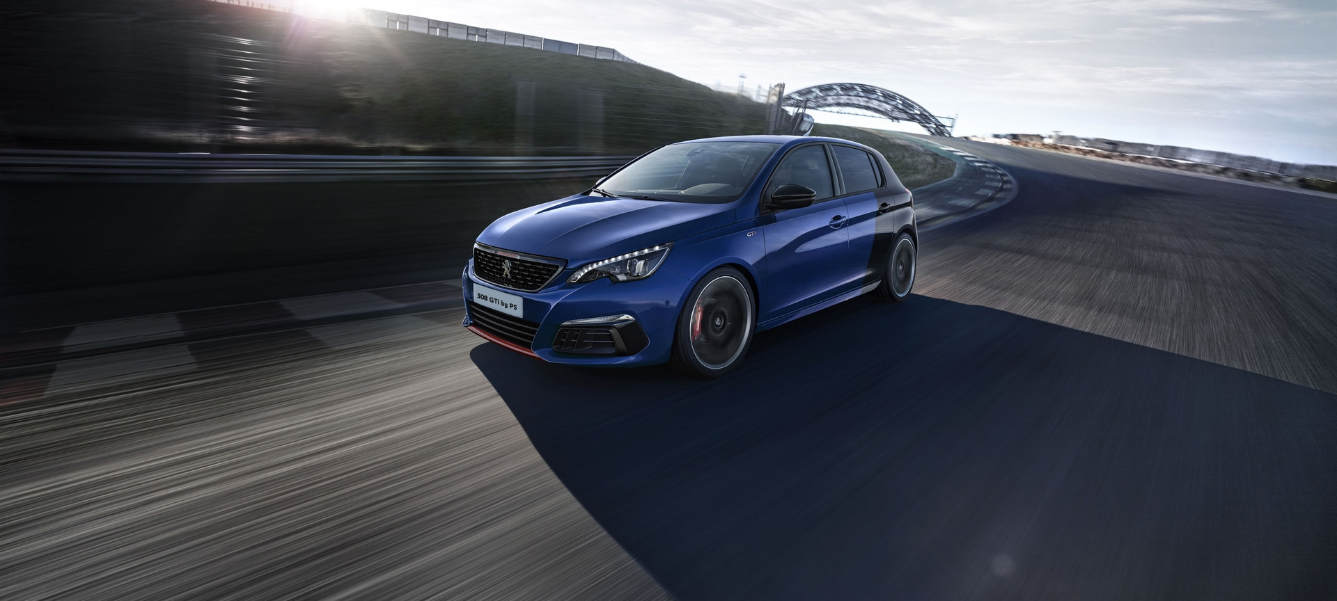 new peugeot 308 gti by peugeot sport discover the compact sports car by peugeot. Black Bedroom Furniture Sets. Home Design Ideas