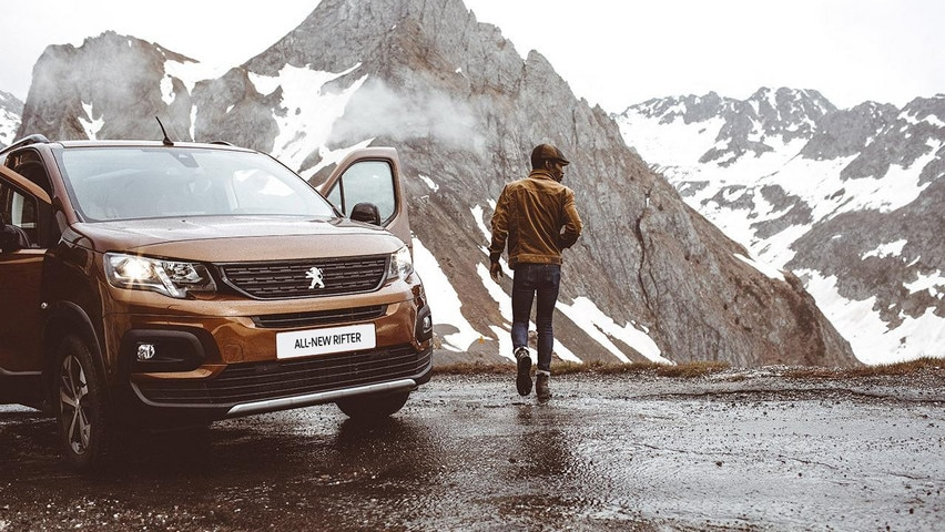 All new Peugeot Rifter before 9am front view