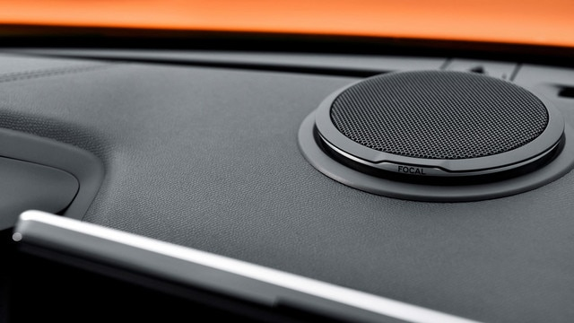 ALL-NEW PEUGEOT 2008 SUV: Hi-Fi Focal® sound system