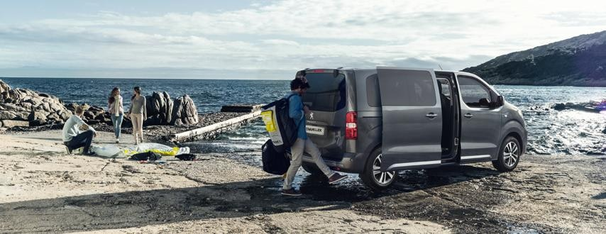 Peugeot Traveller at beach