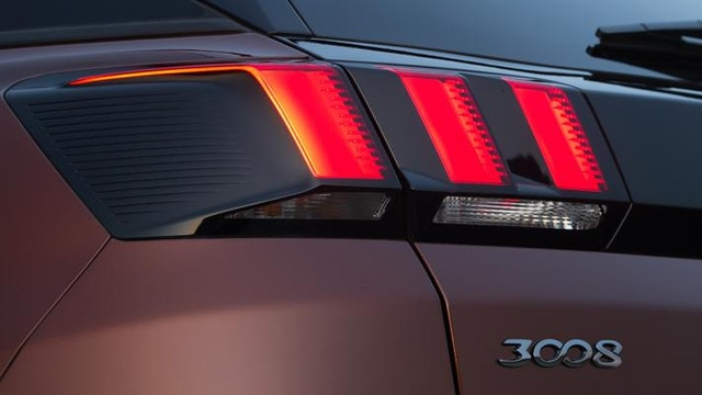 Peugeot 3008 SUV rear lights