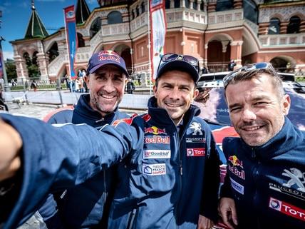 Peugeot DKR team