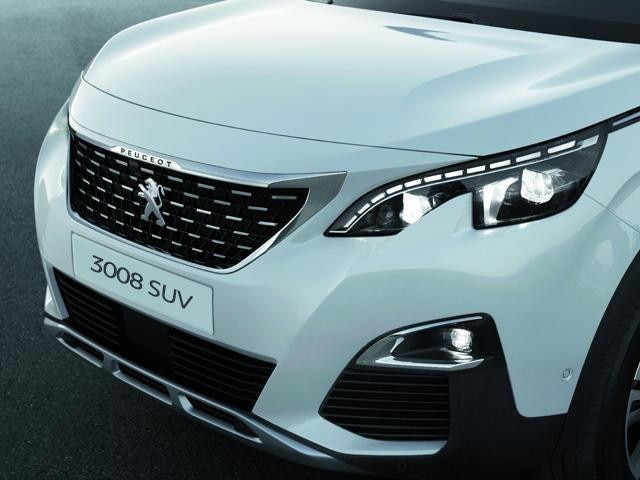 Peugeot 3008 SUV LED lights