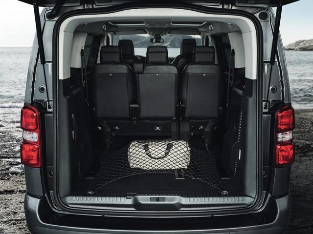 Peugeot Traveller boot space