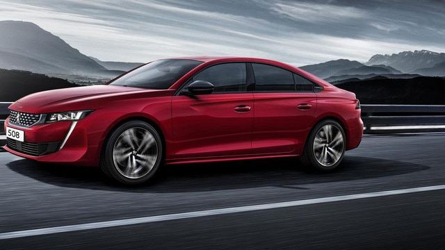 New Peugeot 508 2018 side view