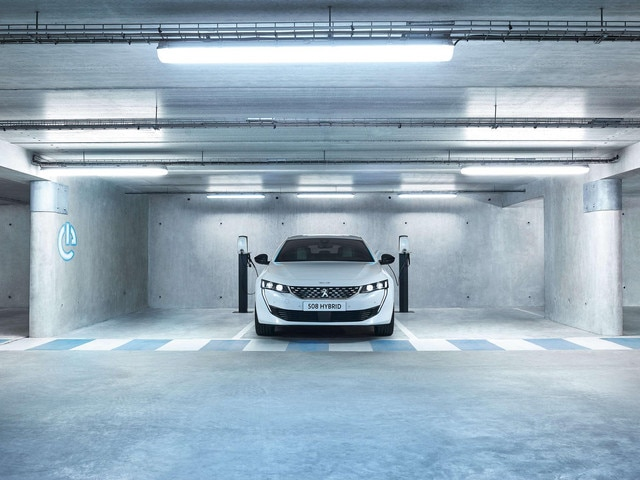 All-new PEUGEOT 508 HYBRID - Range
