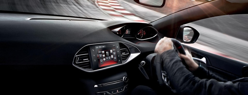 Peugeot 308 GTi by Peugeot Sport interior