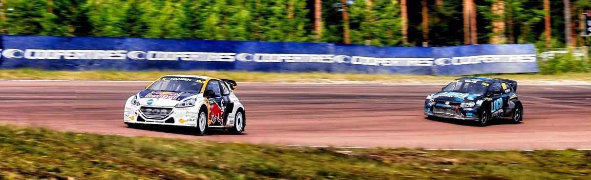 Peugeot 208 WRX on race track