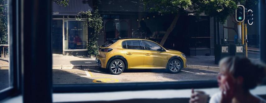 Entretien Périodique Peugeot 208 : all new peugeot 208 small city cars peugeot uk ~ Medecine-chirurgie-esthetiques.com Avis de Voitures