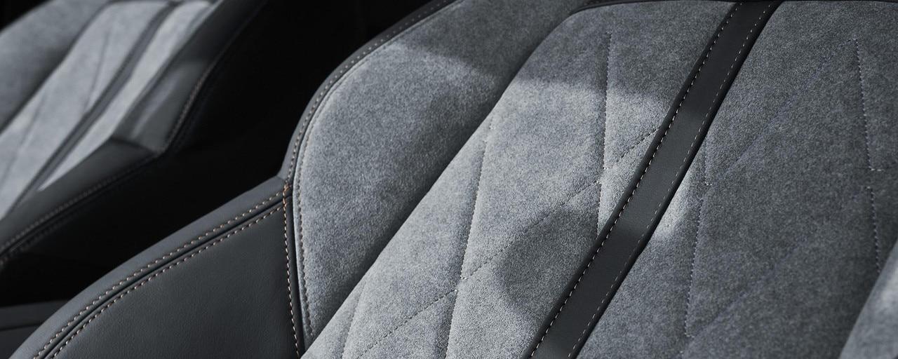 Exclusive trim Alcantara® Gris Gréval