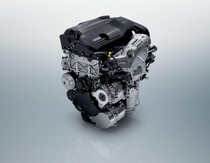 New PEUGEOT 508 SW HYBRID saloon, new plug-in hybrid engines