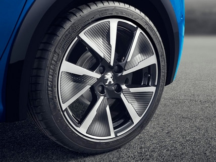 "NEW PEUGEOT e-208 – 17"" Aluminium wheel rims"