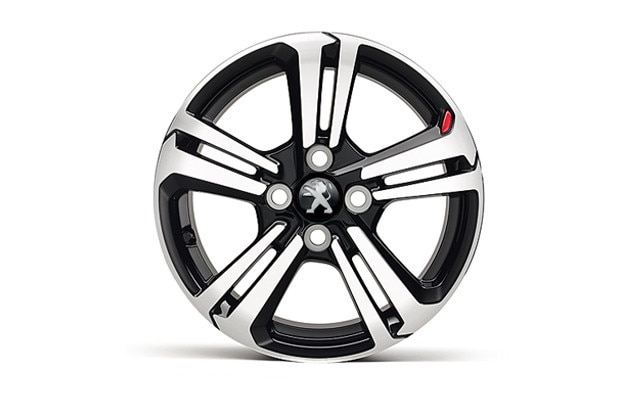 Peugeot 108 GT Line alloy wheel