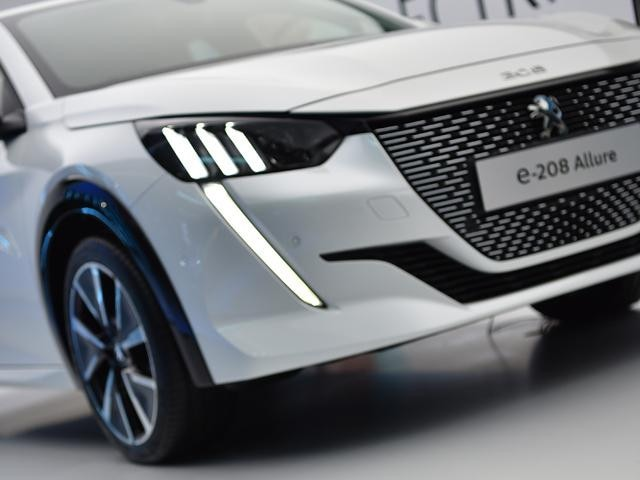 All-new Peugeot e-208 - Live Event at Silverstone