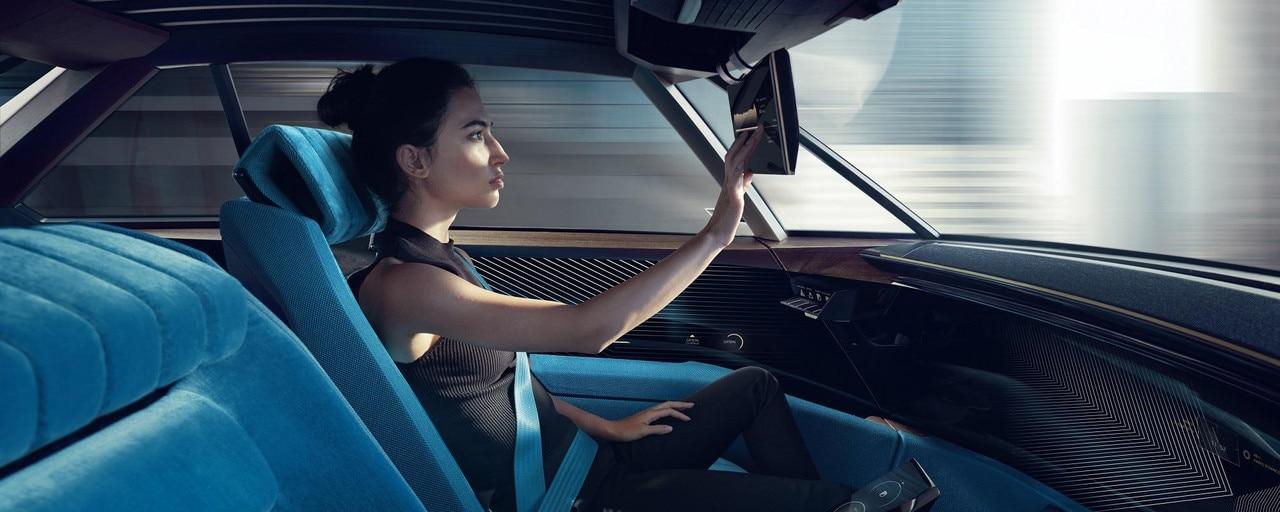 Peugeot E Legend Concept Immersive Experience