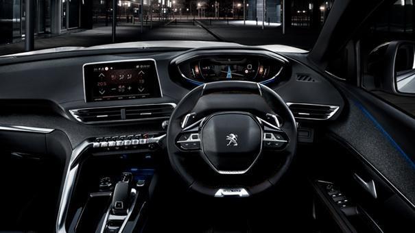 Peugeot 5008 SUV GT Line interior