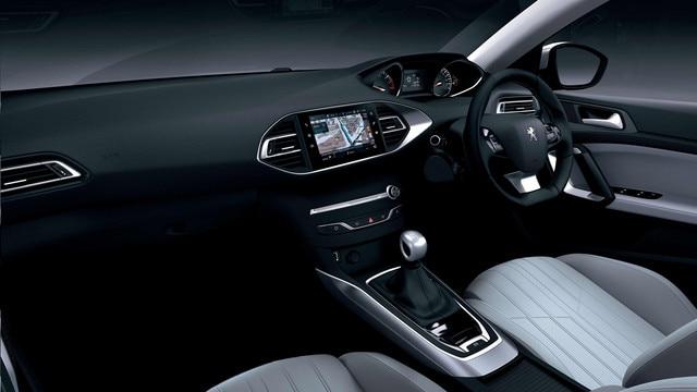 308 i-cockpit white interior