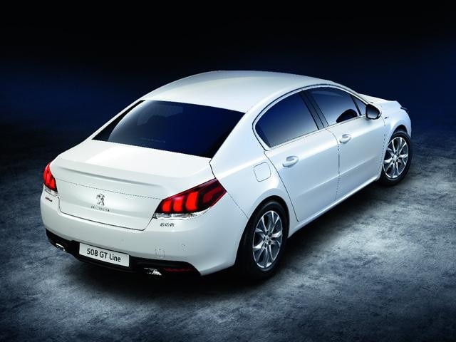 Peugeot 508 Saloon GT Line rear view