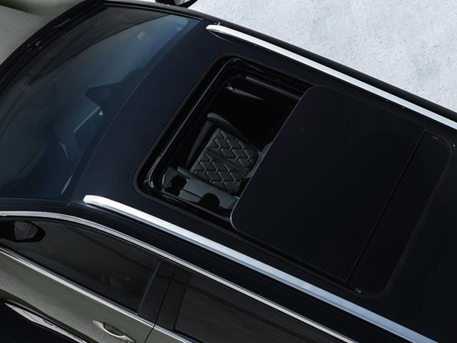 Peugeot 5008 SUV GT Line Premium Panoramic Glass Roof