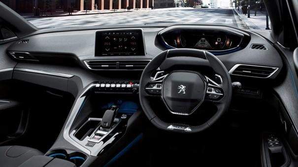 New 5008 SUV GT interior