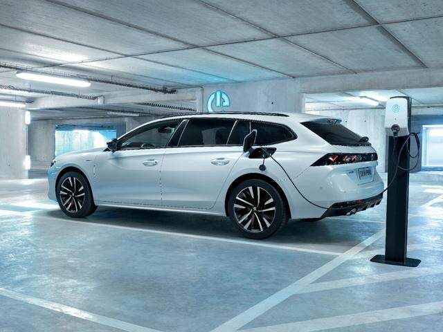 All-new 508 Hybrid - charging