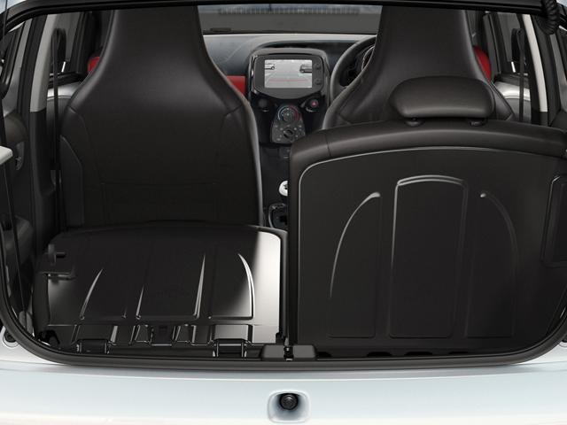 Peugeot 108 folding rear seats