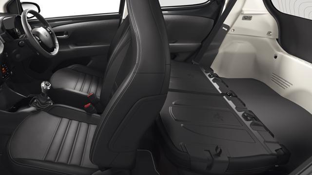 Peugeot 108 interior
