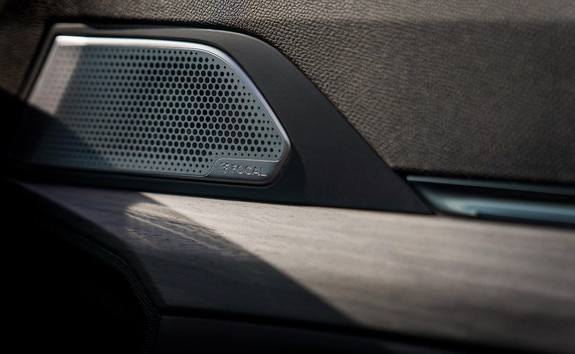 New PEUGEOT SPORT ENGINEERED 508: FOCAL® Premium Hi-Fi sound system