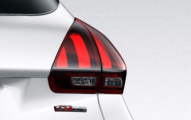 Peugeot 2008 SUV GT Line rear lights