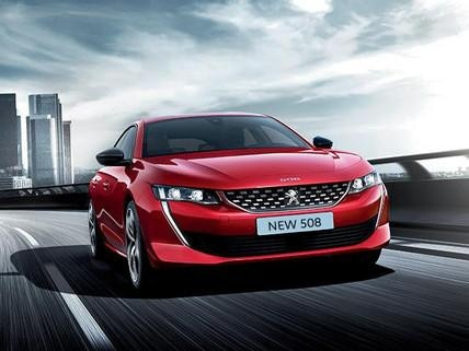 Red Peugeot 508