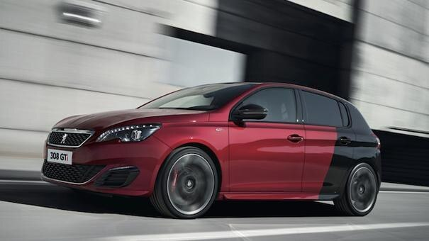 308 GTi by Peugeot Sport exterior