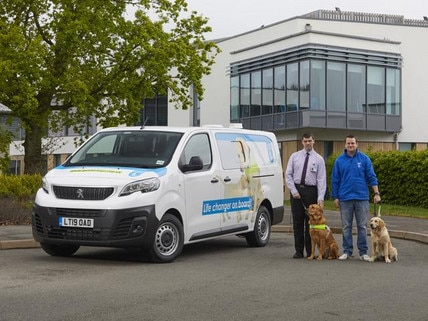Peugeot-Fleet-to-guide-dogs