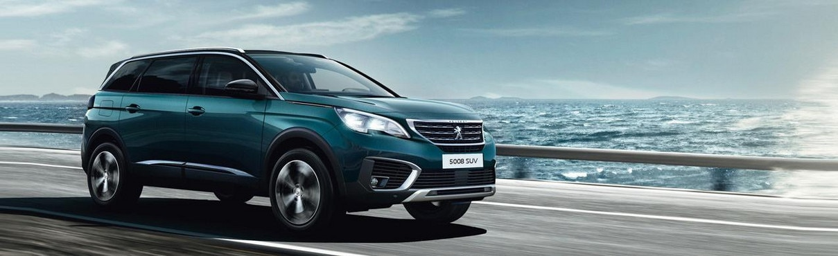 Peugeot 5008 SUV - 7 seats car