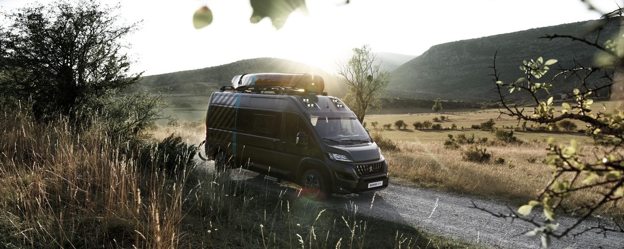 PEUGEOT BOXER 4x4 CONCEPT, a trail-blazer up for any adventure.