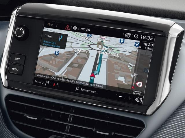 Peugeot 2008 SUV Connected Navigation