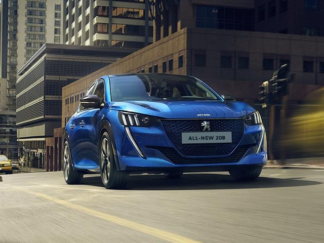 ALL-NEW PEUGEOT e-208 – With its expressive front grille