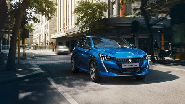 ALL-NEW PEUGEOT 208 – With its expressive front face