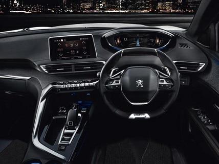 Peugeot 3008 SUV i-cockpit