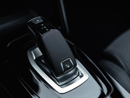 NEW PEUGEOT 208 – New automatic EAT8 gearbox