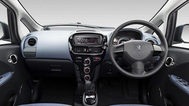 Peugeot iOn interior