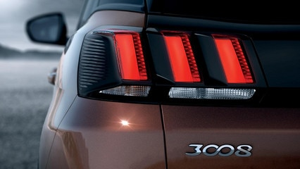 Peugeot all-new 3008 SUV exterior rear lights
