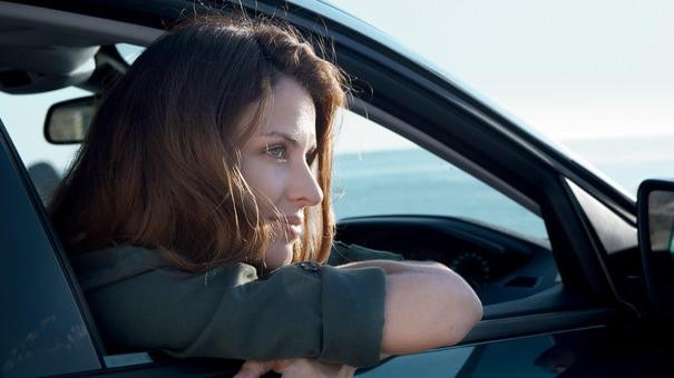 Woman in Peugeot 5008 SUV
