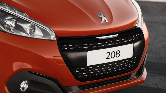 Peugeot 208 Front Grille