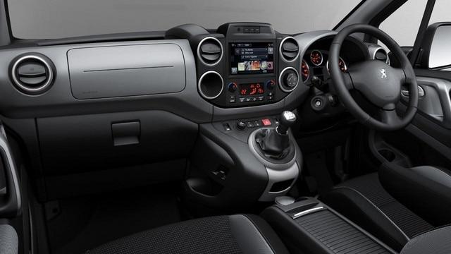 Peugeot Partner Tepee interior