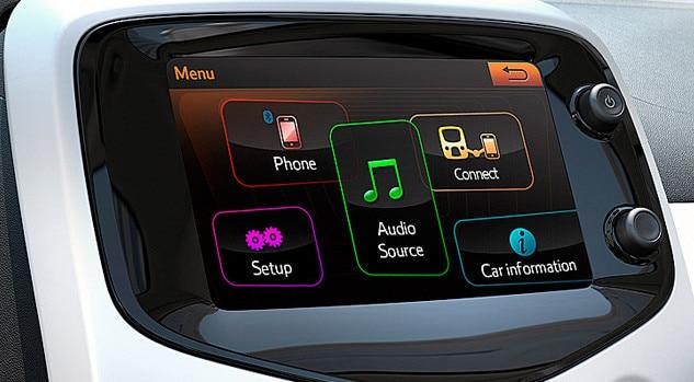 /image/84/6/motability_offer_peugeot_108_touchscreen.102846.jpg