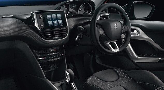/image/85/2/motability_offer_peugeot_208_steering_wheel.102852.jpg