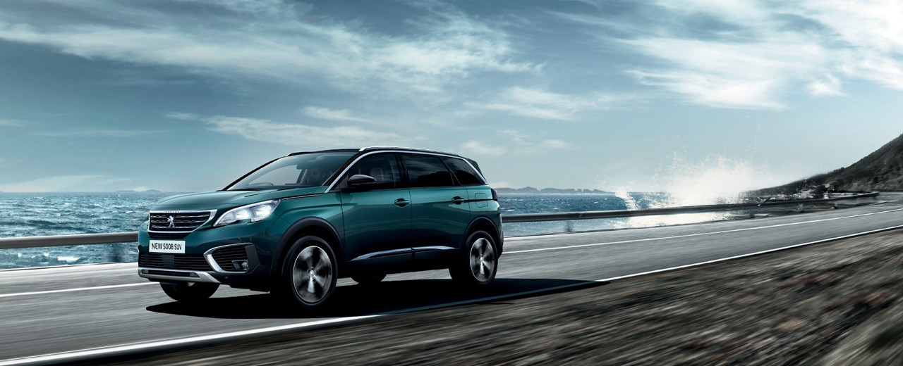 New Peugeot 5008 Suv Test Drive The 7 Seater Suv Peugeot